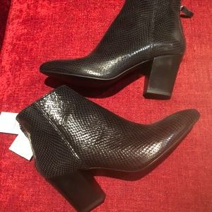 Zara Leather Pointed Booties Ankle Boot Sz 40 NWT